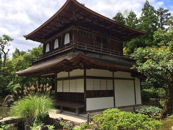 银阁寺 (Ginkaku-ji)