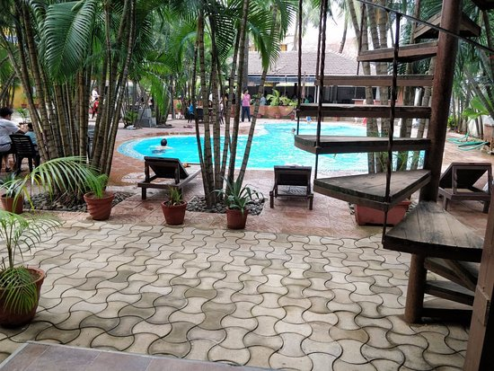 Silver Sands Beach Resort Daman Photo