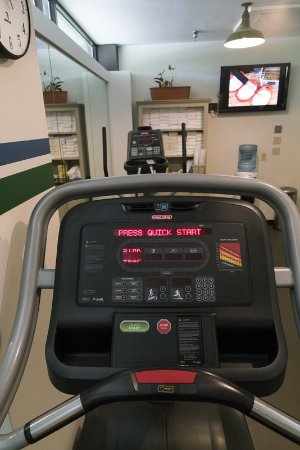Woodlands Hotel & Suites - Colonial Williamsburg: Fitness Area
