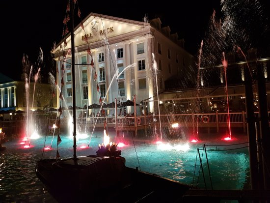 "Hotel ""Bell Rock"" Europa-Park: Bell Rock von aussen"