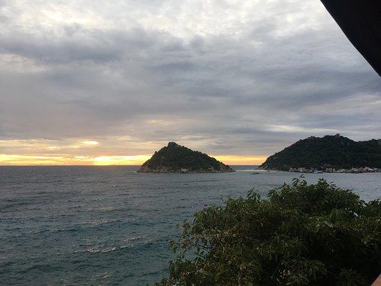 Dusit Buncha Resort: photo1.jpg