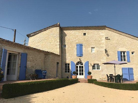 Chambres d'Hotes Les Bourdeaux: photo0.jpg