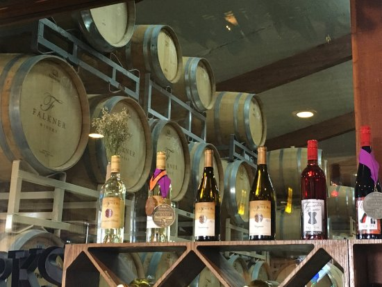 Falkner Winery: photo3.jpg