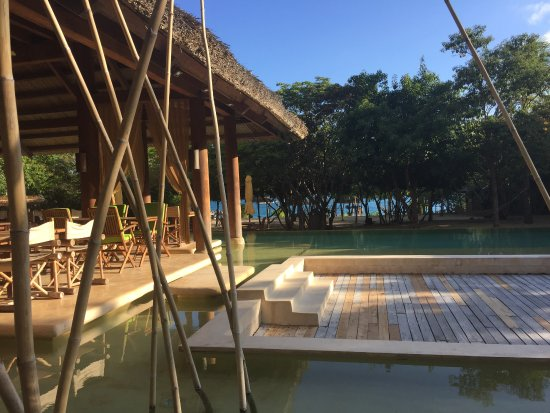 Six Senses Ninh Van Bay : Dining by the Pool for lunch