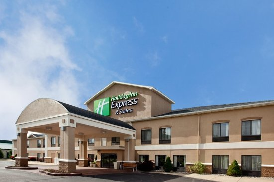 A warm welcome awaits you in Three Rivers