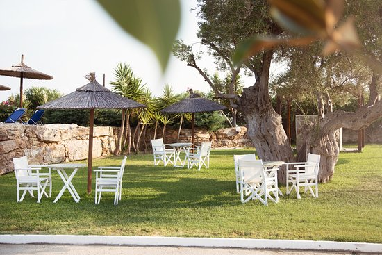 Relaxing and pleasant stay in Nefeli Villas & Suites