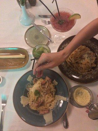 pisanello italian restaurant: Pastas!