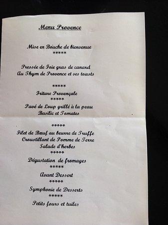 Hotel le mas du soleil salon de provence france voir for Le mas du soleil salon de provence