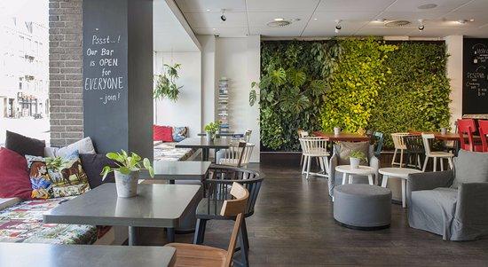 Conscious Hotel Vondelpark: Lobby