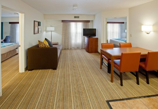 Residence Inn Indianapolis Downtown On The Canal In Review Hotel Perbandingan Harga