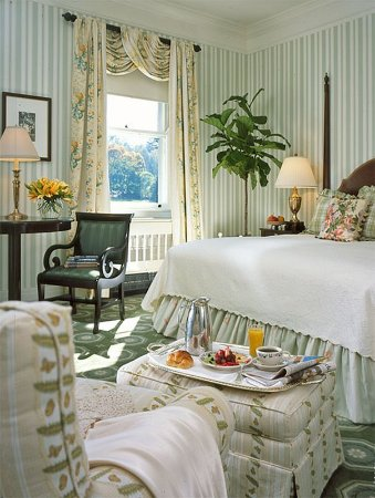 Hot Springs, VA: Traditional View Room