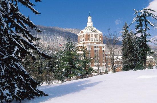 Hot Springs, VA: Winter at The Omni Homestead Resort
