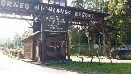 Borneo Highlands Resort : at the entrance