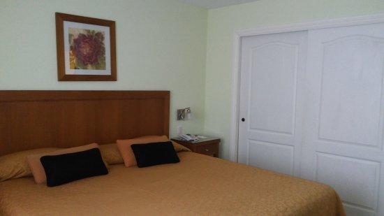 Hotel Villa Huinid Bustillo: Dos cabañas distintas para 4