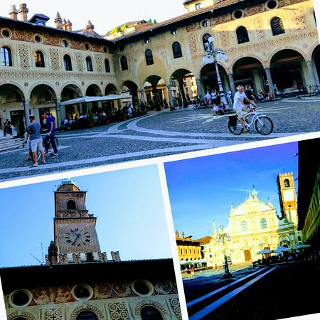 Vigevano, Italy: 20170821_200427-COLLAGE~2_large.jpg