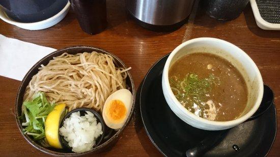 美味い濃厚魚介スープのつけ麺