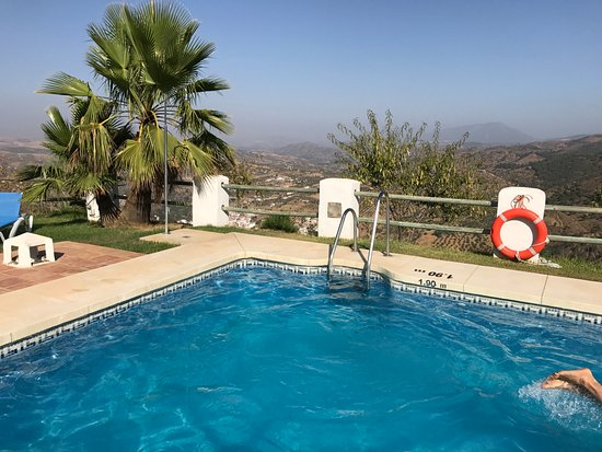 โทลอกซ์, สเปน: Piscina con vistas