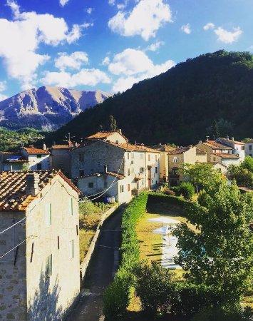 Tuscany Meanders holiday houses: Vista incrível do apartamento