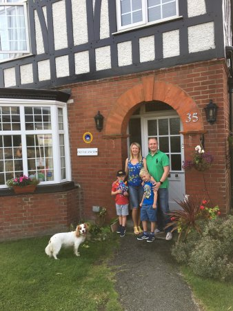 Robertsbrook Guest House: photo3.jpg