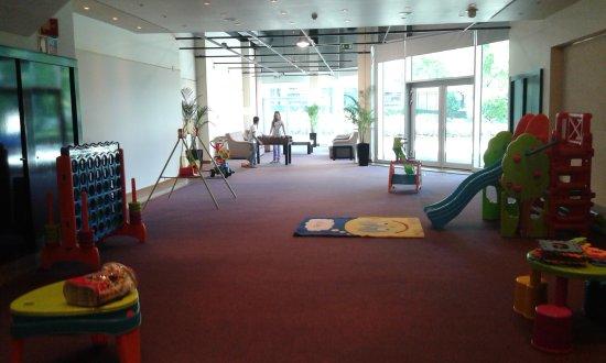Sala De Juegos Para Los Ninos Fotografia De Hf Ipanema Park Oporto - Sala-juegos-nios