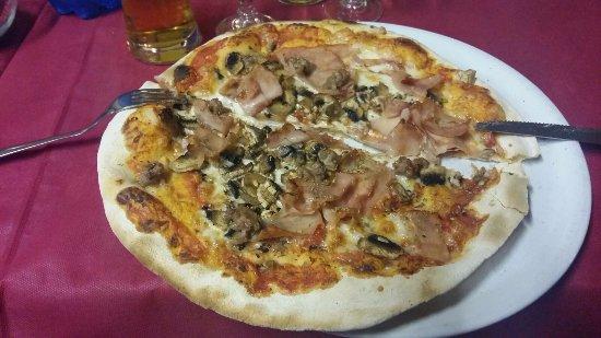 Monterchi, Италия: Pizza