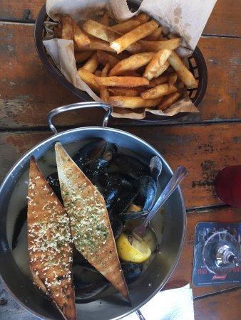 Fish tales st petersburg menu prices restaurant for Fish tales menu