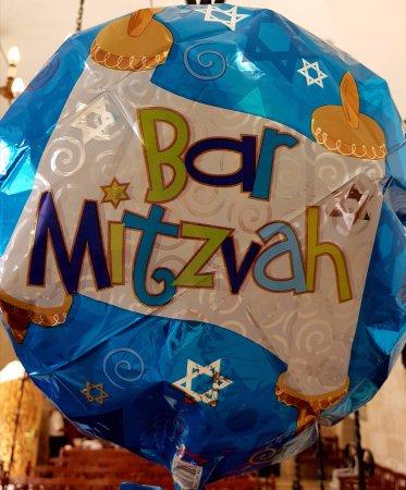 Almog, Israel: la fete du bar mistvah est partout..