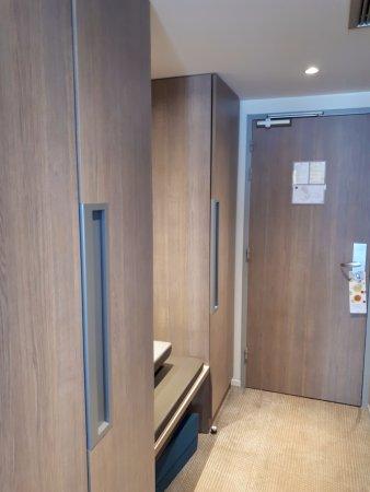 Bureau et tv picture of novotel clermont ferrand clermont ferrand tripadvisor - Bureau de change clermont ferrand ...