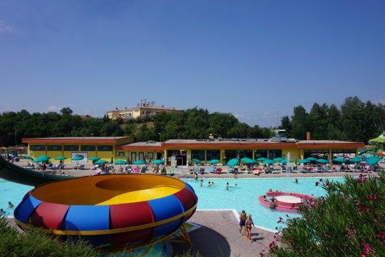 Cavaion Veronese, Italie : Vista principale del Parco Acquatico Riovalli