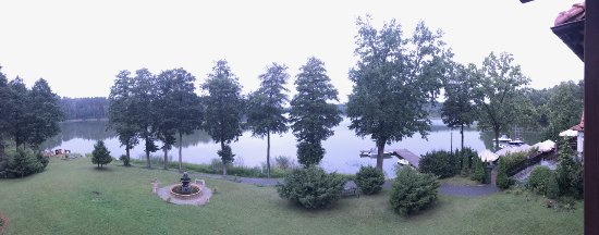 Hotel Nidzki: Widok z okna na jezioro.