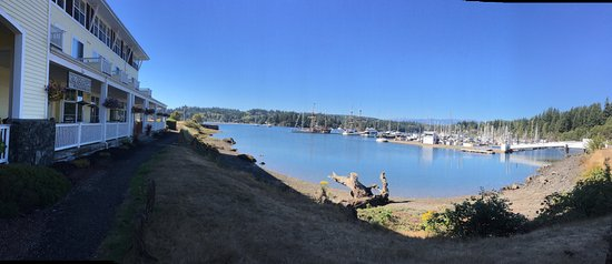 Port Ludlow, WA: panoramic view from hotel to dock