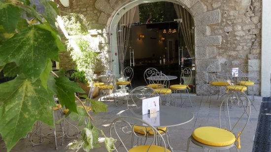 Trets, Frankrike: Terrasse