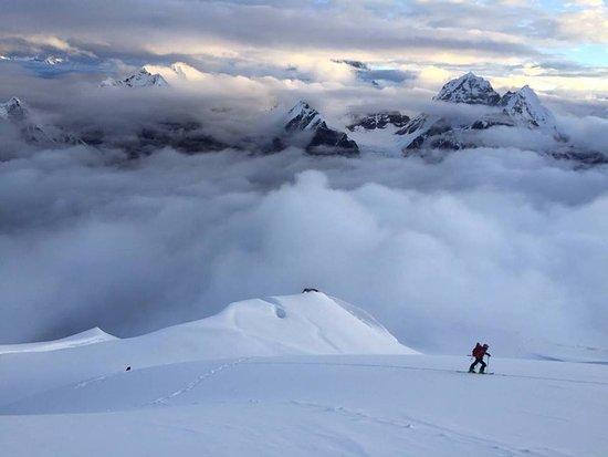 Ski Guides Nepal