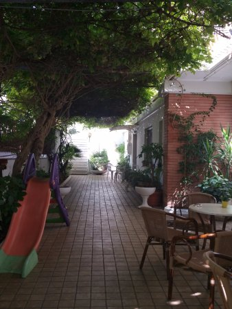 Hotel Alessandra: Great Wi fi here and good area to enjoy an aperitivo or play cards etc...