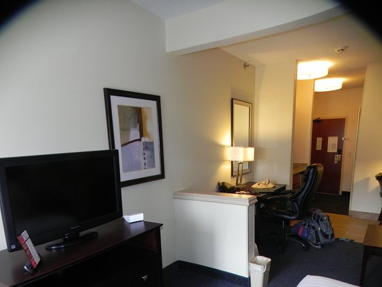 Holiday Inn Express St. Joseph Photo