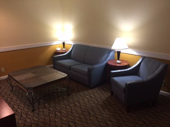 Country Inn & Suites By Carlson, Mishawaka, IN: Presidential Suite