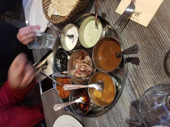 Mumtaz Restaurant : 20170819_202445_large.jpg