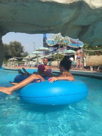 Piscina - Foto di Isola Verde Acqua Park, Pontecagnano Faiano ...