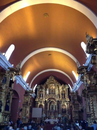 Lima Walks: Interior Iglesia María Magdalena ubicada en el distrito de Pueblo Libre (Lima, Perú)