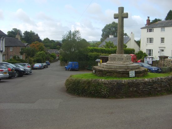 Ashprington, UK: memorial outside durant arms