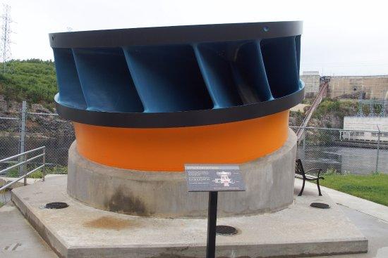 Baie Comeau, Canadá: une petite turbine
