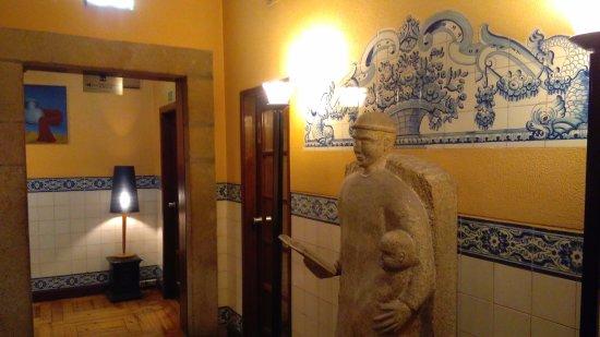 Hotel Internacional: Corredor de acesso aos Quartos e Sala de Refeições...