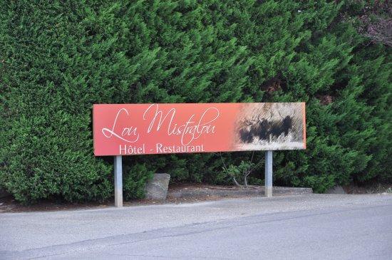 Hotel Lou Mistralou : Propere kamer
