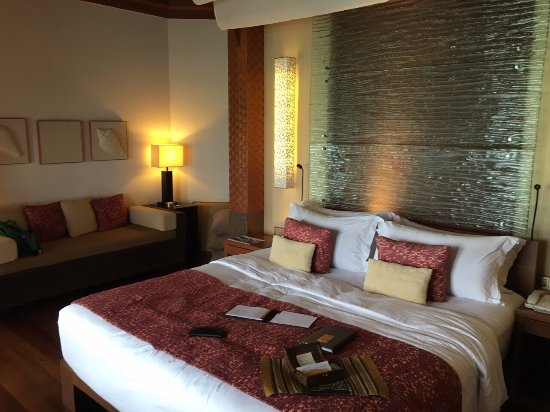 Baros Maldives: Just Behind The Bed A Huge Walk In Closet And A Mini