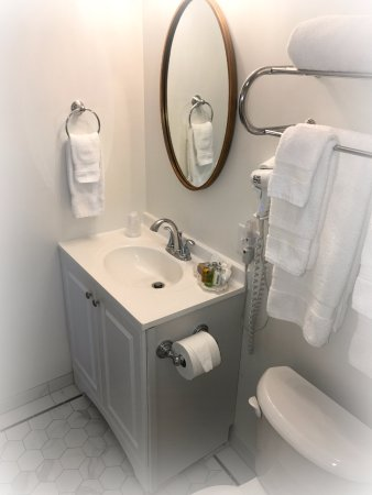 Camas, Waszyngton: Recently renovated Room #17!  Queen Ensuite!