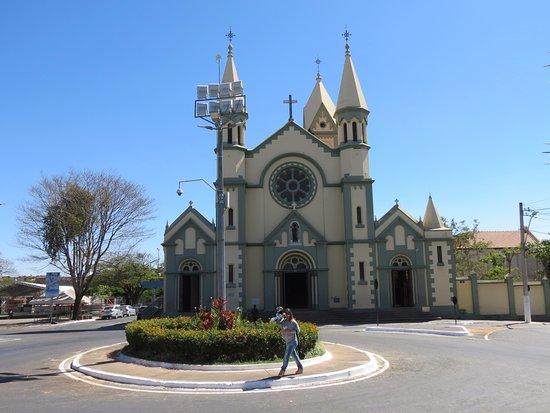 Curvelo: Essa é a igreja principal da cidade!