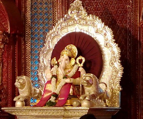 """Pooja timings"" of Main 5 Ganapati of Pune city (Manache 5 Ganapati)"