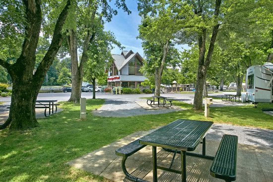 Riveredge Rv Park Pigeon Forge Tn Campground Reviews