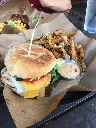 Stock and Barrel: Excellent chicken sandwich, but sloppy bottom