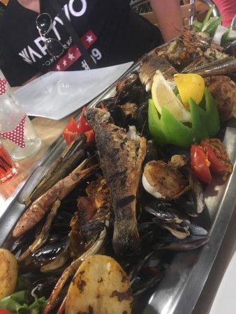 Restaurant le jardin barbecue dans argeles sur mer avec for Restaurant avec jardin dans le 92